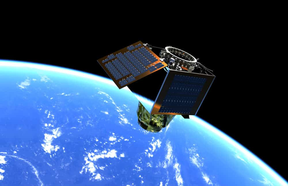 DarkCarb technology demonstration mission flying low cost MWIR detector, targeted for 2021 launch. Credit SSTL.