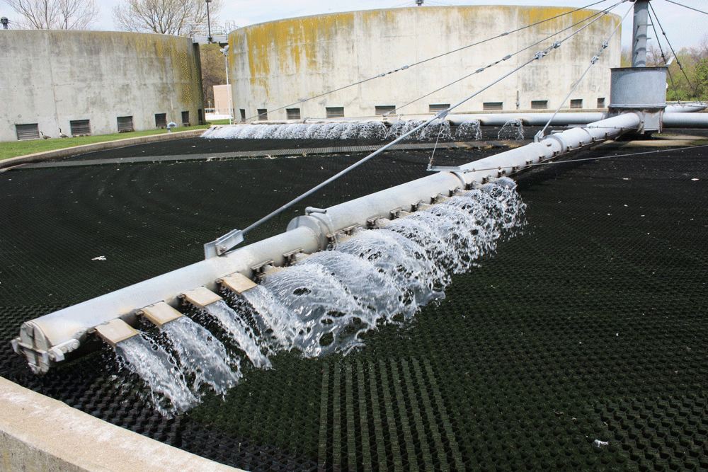 A sewage treatment plant.  Photo: Montgomery County, CC BY 2.0