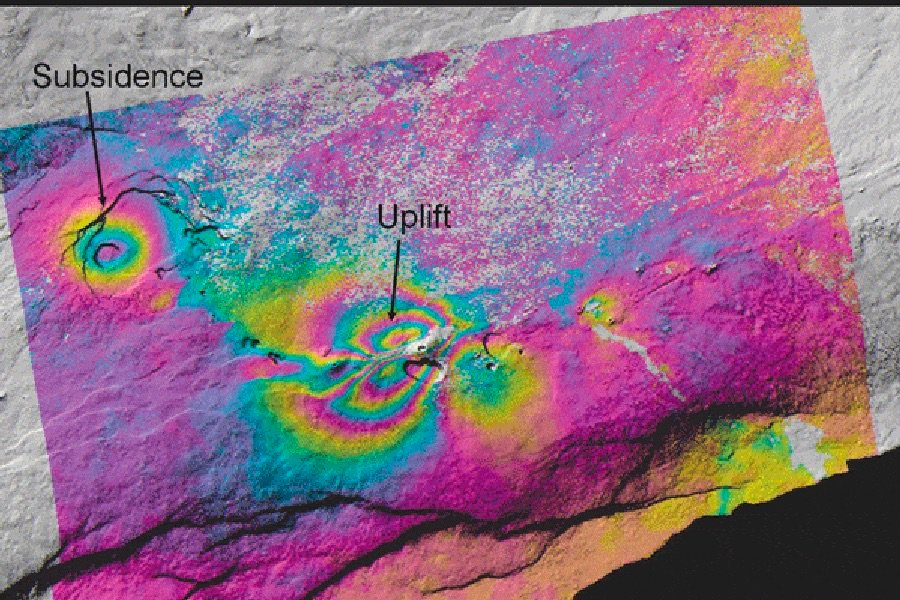 Uplift and subsidence associated with a June 2007 earthquake swam on Kilauea Volcano are depicted in this ALOS PALSAR interferogram. Kilauea Volcano, located on the southeast portion of the island of Hawaii, has been erupting continuously since 1993. Credit: Zhong Lu, USGS.